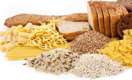 Além do carboidrato, tenha também fibras, vitaminas e proteínas em sua dieta.