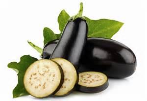 A berinjela é um poderoso vegetal que pode ajudar na sua dieta e ainda combater alguns malefícios acarretados com o tempo.