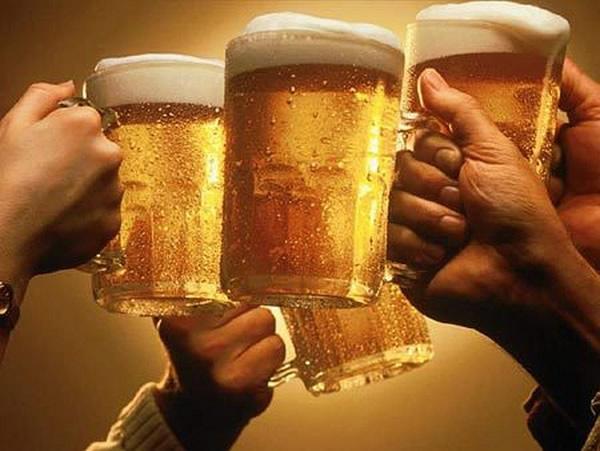 A cerveja é uma das bebidas alcoólicas que mais engordam