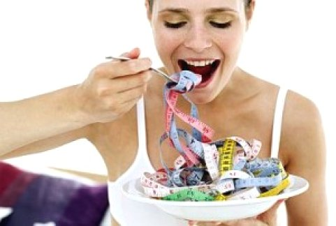 Muitos são os mitos contados aqueles que desejam emagrecer, contudo é importante se lembrar que somente a prática de exercícios físicos acompanhados de uma reeducação alimentar é capaz de eliminar gorduras do corpo