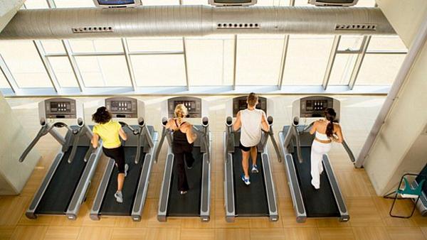 A esteira é um dos exercícios aeróbicos mais antigos e eficazes do mundo