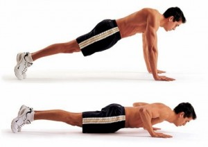 As flexões são eficientes e definem os músculos dos braços.